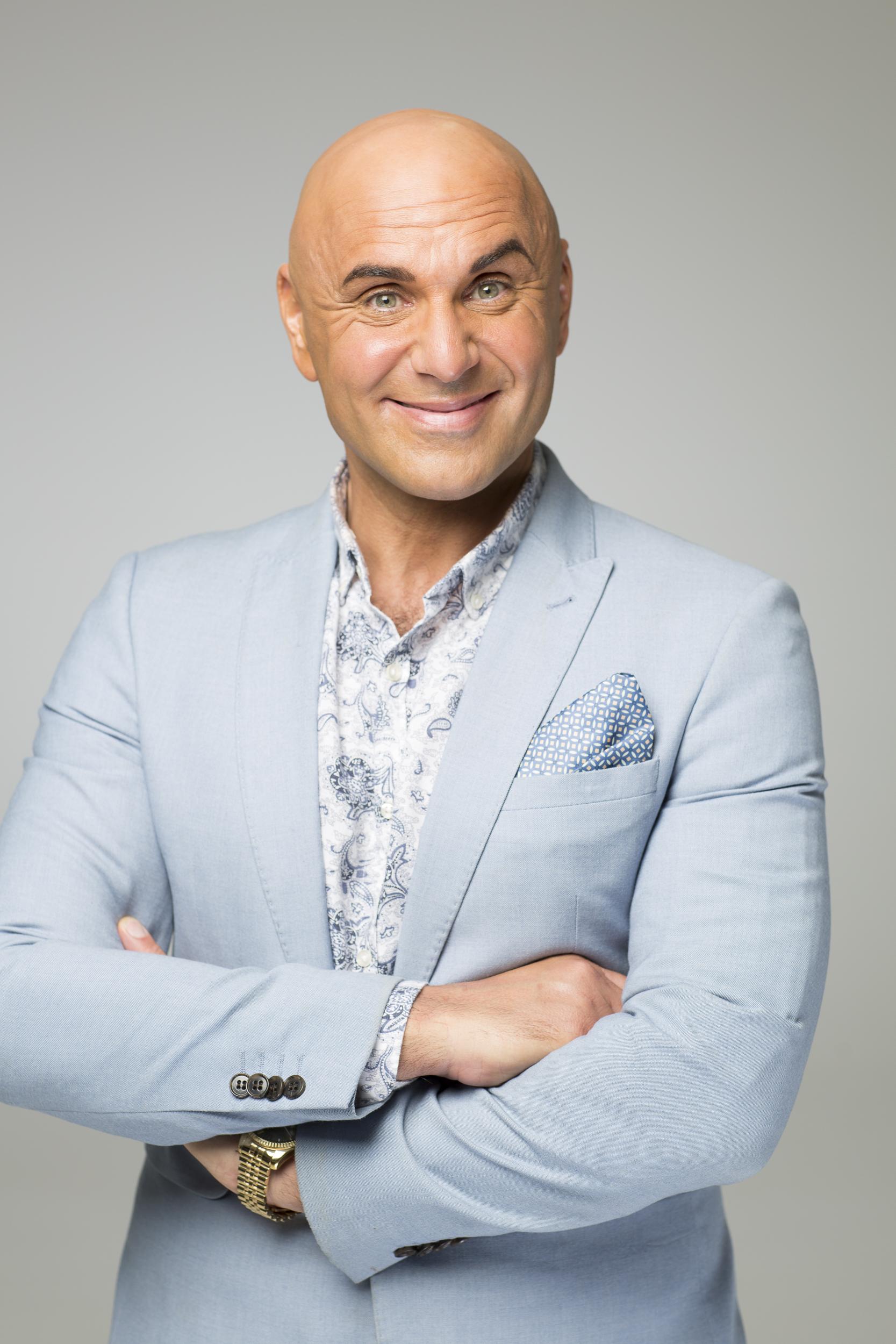 Simon Gross - Showbiz